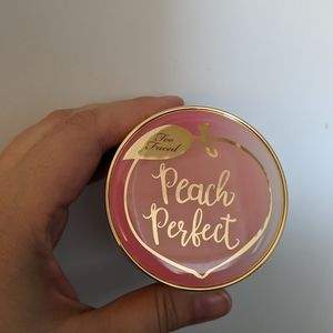 New two faced peach perfect setting powder